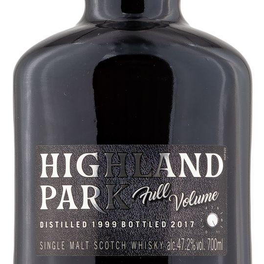 Personalised Highland Park Full Volume 70cl Engraved Single Malt Whisky engraved bottle