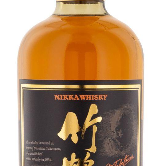 Personalised Nikka Taketsuru Pure Malt 70cl Engraved Blended Malt Whisky engraved bottle