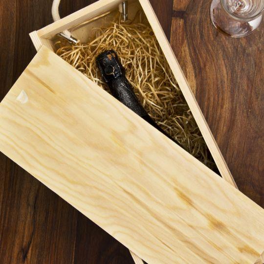Sustainable pine box slider engraved bottle