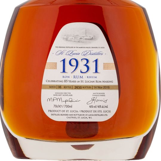 Personalised St Lucia 1931 Rum Sixth Edition 70cl Engraved Golden Rum engraved bottle