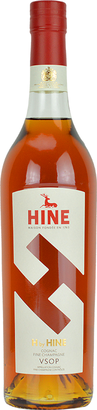 Engraved text on a bottle of Personalised H by Hine VSOP Cognac 70cl